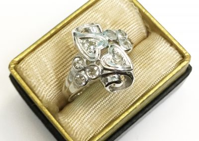 Estate White Gold & Diamond Heart Ring
